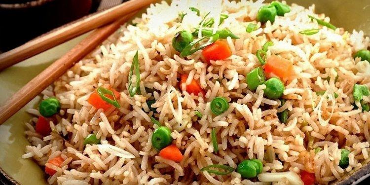 Make-vegetable-fried-rice
