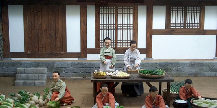 South Korea - Seoul - National Folk Museum - Making Kimchi - 4
