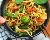 Chinese egg noodles stir fry recipe